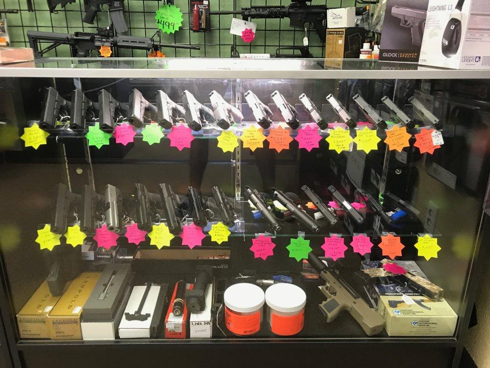 Southeast Guns Showroom 1